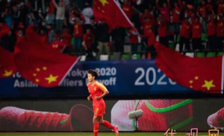 中国女足获奥运入场券 王霜顶住压力进球让女足出线